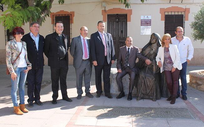El delegado del Gobierno de España en Castilla-La Mancha, José Julián Gregorio, ha visitado el Convento de San José en Malagón, acompañado por el alcalde de la localidad, Adrián Fernández, y el subdelegado del Gobierno en Ciudad Real, Fernando Rodrigo