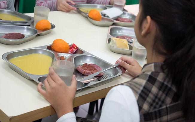 la junta abrirá en semana santa los comedores escolares a más de