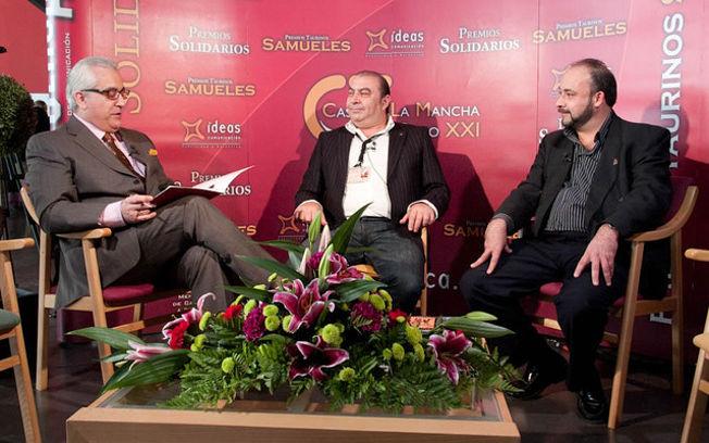 Manuel Lozano, director general del Grupo de Comunicación La Cerca, Carlos Santana, jefe de Cocina del Restaurante Birubi y Carlos Bachiller, director comercial de Vinos Aldonza.