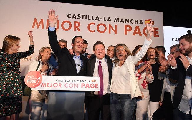 Emiliano García-Page celebra los resultados de las Elecciones del 26M