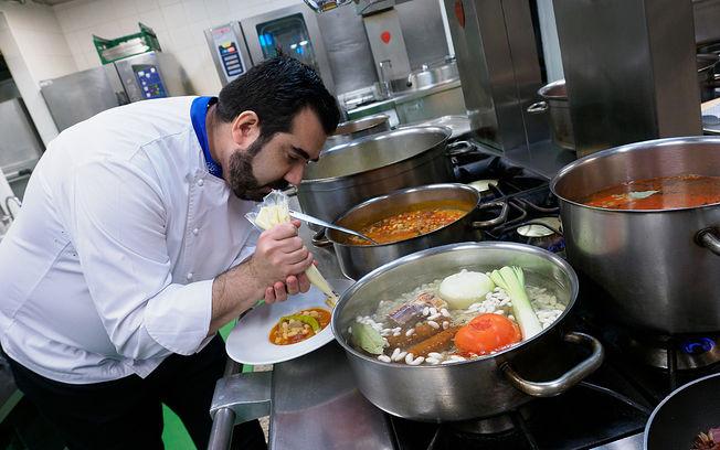 Alejandro Fernández, cocinero de El Corte Inglés de Albacete