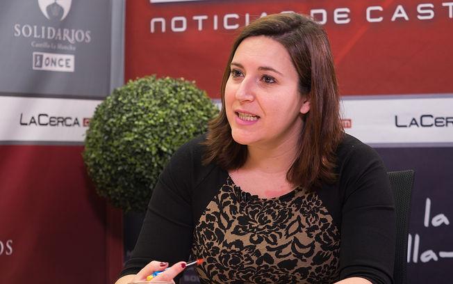 Estela Suárez, presidenta de la Asociación de Amigos de las Alfombras de Serrín del Corpus de Elche de la Sierra