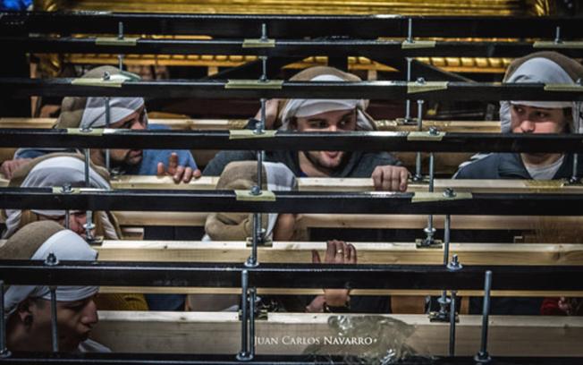 Costaleros de la Cofradía Nuestra Señora de los Dolores de Albacete. Fotos: Juan Carlos Navarro.