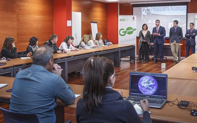 Presentación IV Coworking Ayuntamiento de Guadalajara - EOI en el CEEI