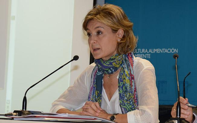 """Isabel García Tejerina: """"El campo español es sostenible y tiene futuro"""". Foto: Ministerio de Agricultura, Alimentación y Medio Ambiente (archivo)"""