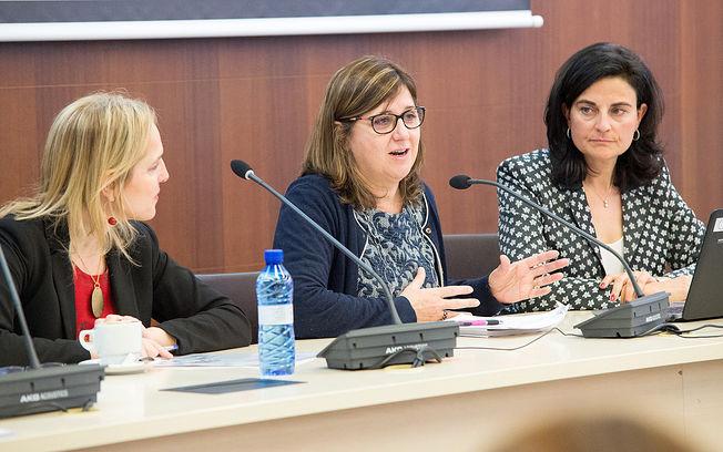La directora gerente del SESCAM, Regina Leal, inaugura, en el Servicio de Salud de Castilla-La Mancha, el XIII Curso de Castilla-La Mancha 'El proceso de la donación de órganos y tejidos'. (Fotos: Carlos Monroy // SESCAM)