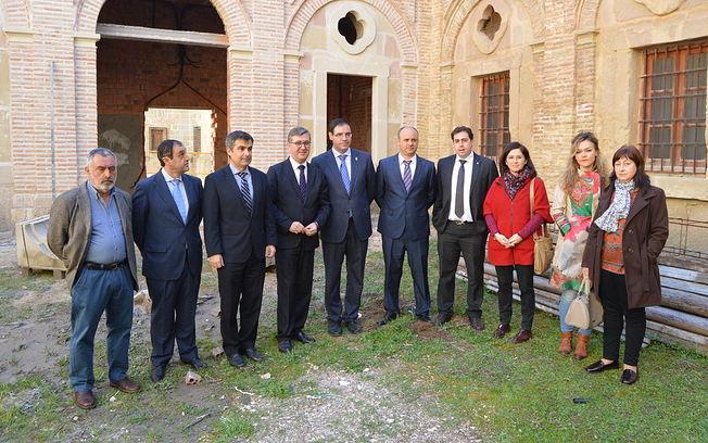 Marín visita Claustro Barroco del antiguo Monasterio de Santa María de la Merced de Huete. Foto: JCCM.